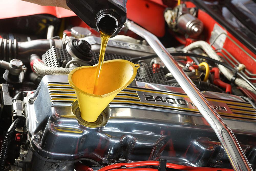 Oil Change Basics – Different types of Motor Oil